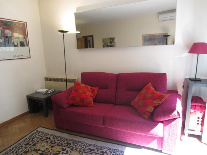Salón - Apartamento en alquiler de temporada en calle De Las Fuentes, Centro en Madrid - 120673649