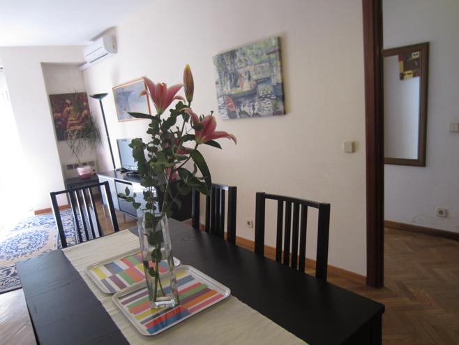 Comedor - Apartamento en alquiler de temporada en calle De Las Fuentes, Centro en Madrid - 120673657