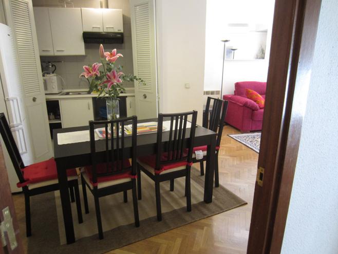 Comedor - Apartamento en alquiler de temporada en calle De Las Fuentes, Centro en Madrid - 120673659