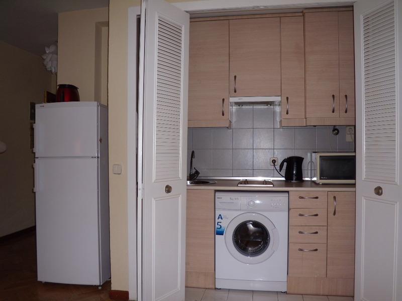 Cocina - Apartamento en alquiler de temporada en calle Fuentes, Palacio en Madrid - 120675288