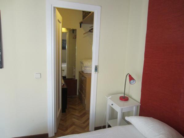 Dormitorio - Apartamento en alquiler de temporada en calle Fuentes, Palacio en Madrid - 120675291