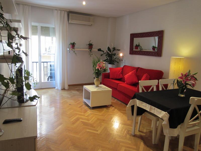 Apartamento en alquiler de temporada en calle Fuentes, Palacio en Madrid - 120675813