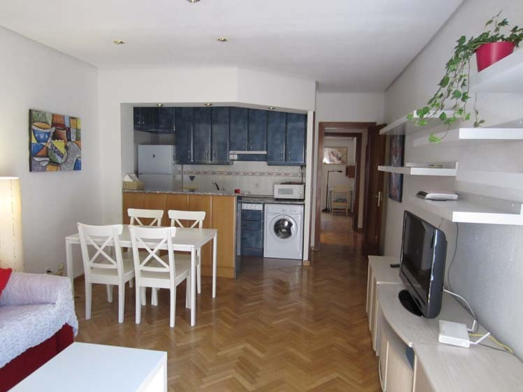 Apartamento en alquiler de temporada en calle Fuentes, Palacio en Madrid - 120675868