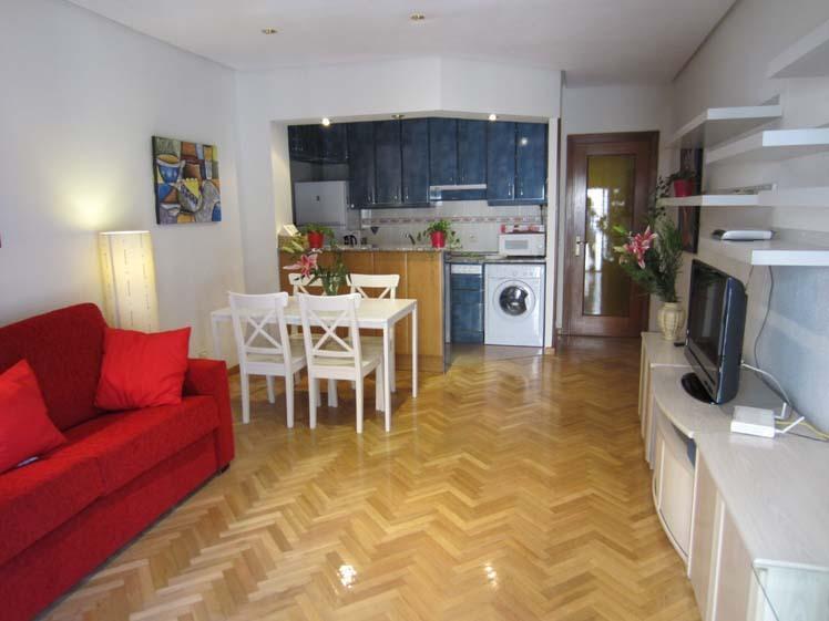 Apartamento en alquiler de temporada en calle Fuentes, Palacio en Madrid - 120675870