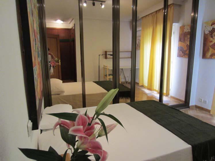 Apartamento en alquiler de temporada en calle Fuentes, Palacio en Madrid - 120675878