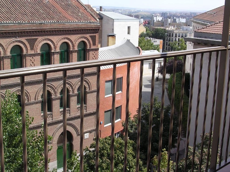 Ático en alquiler de temporada en calle Gran Via de San Francisco, Imperial en Madrid - 122568102