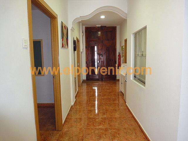 Local comercial en alquiler en Avenida del Vedat en Torrent - 325295569
