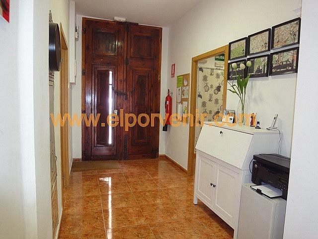 Local comercial en alquiler en Avenida del Vedat en Torrent - 325295589