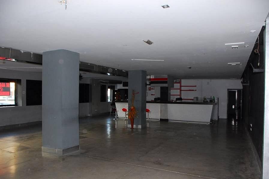 Foto - Local comercial en alquiler en calle Luis Montoto Santa Justa, San Roque en Sevilla - 240342292