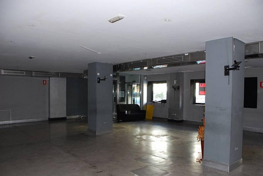 Foto - Local comercial en alquiler en calle Luis Montoto Santa Justa, San Roque en Sevilla - 240342400