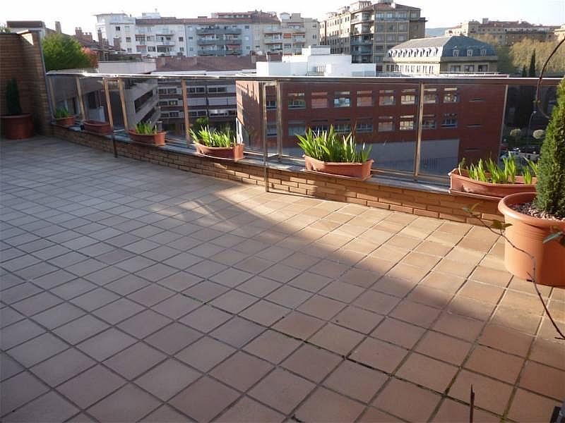 Foto - Ático en alquiler en calle Ensanche, Primer Ensanche en Pamplona/Iruña - 325937113