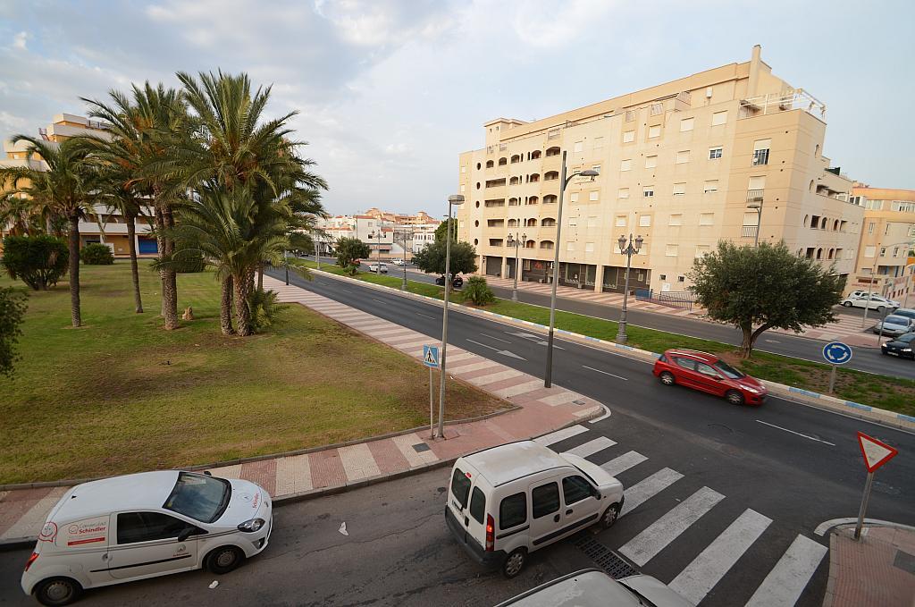 Piso en alquiler en calle Del Sabinar, Urb. Roquetas de Mar en Roquetas de Mar - 296597263