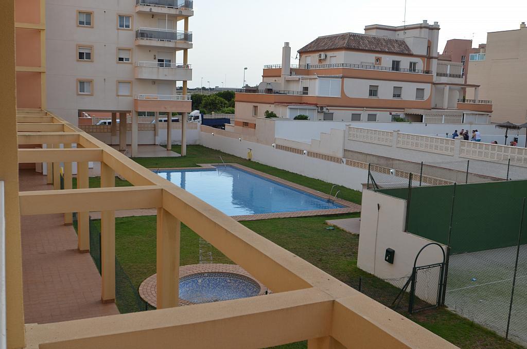 Piso en alquiler en calle Del Sabinar, Urb. Roquetas de Mar en Roquetas de Mar - 296597268