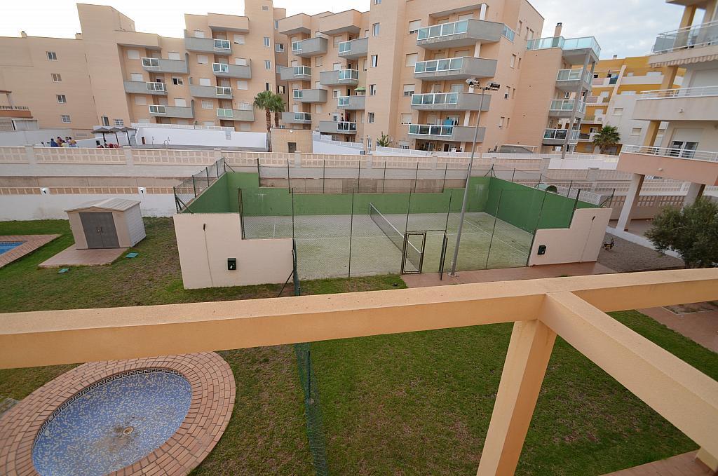 Piso en alquiler en calle Del Sabinar, Urb. Roquetas de Mar en Roquetas de Mar - 296597275