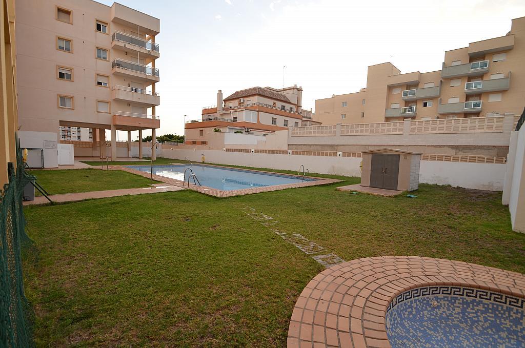 Piso en alquiler en calle Del Sabinar, Urb. Roquetas de Mar en Roquetas de Mar - 296597289