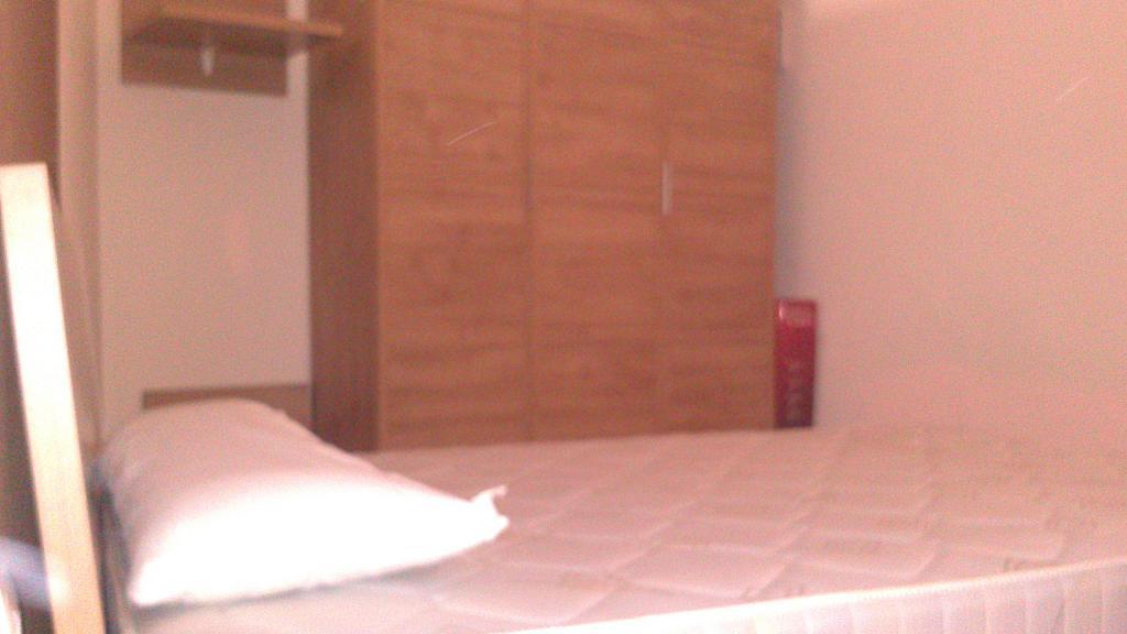 Dormitorio - Estudio en alquiler en calle Manuel Rehues Perez, Buñol - 247778262