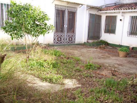 Casa en alquiler en plaza Los Arboles, Macastre - 33599424