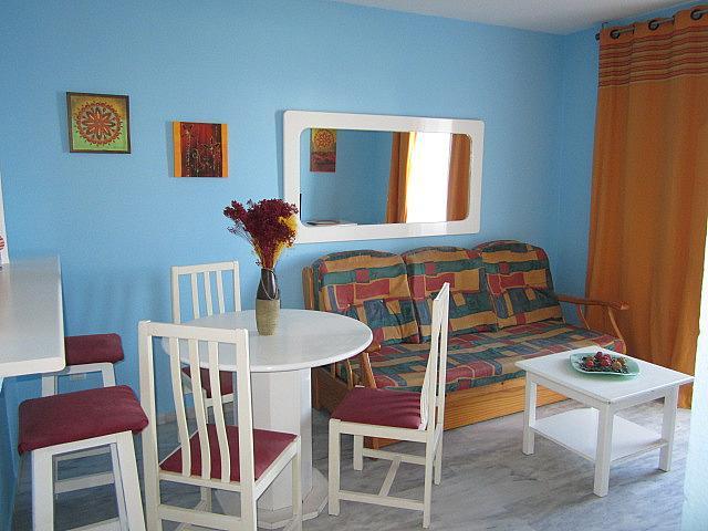 Salón - Apartamento en alquiler de temporada en Torrox-Costa en Torrox - 196171640