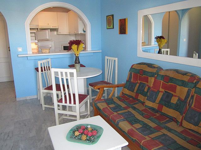 Salón - Apartamento en alquiler de temporada en Torrox-Costa en Torrox - 263174769