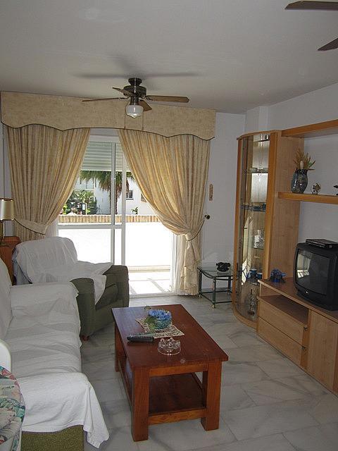 Salón - Apartamento en alquiler de temporada en Torrox - 144692531