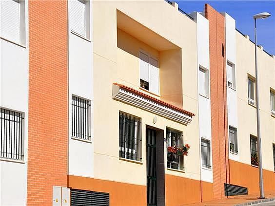 Piso en alquiler en calle Juan López Pinto, Alhaurín de la Torre - 127143791