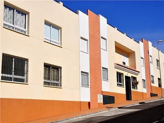 Piso en alquiler en calle Juan López Pinto, Alhaurín de la Torre - 127143792