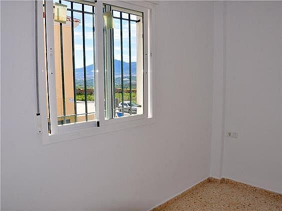 Piso en alquiler en calle Juan López Pinto, Alhaurín de la Torre - 127143808