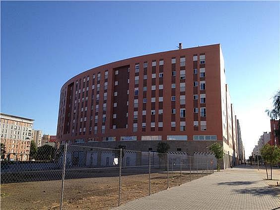 Parking en alquiler en calle Emilio Lemos, Este - Alcosa - Torreblanca en Sevilla - 241049431