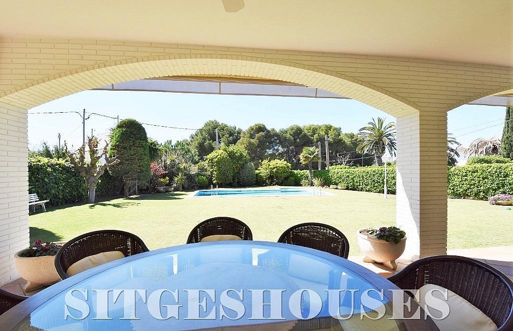Jardín - Casa en alquiler en calle Josep Planas I Robert, Terramar en Sitges - 263611475