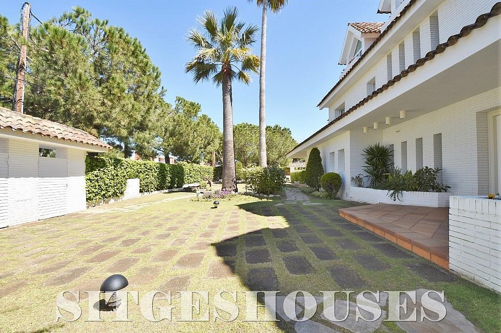 Jardín - Casa en alquiler en calle Josep Planas I Robert, Terramar en Sitges - 263611477