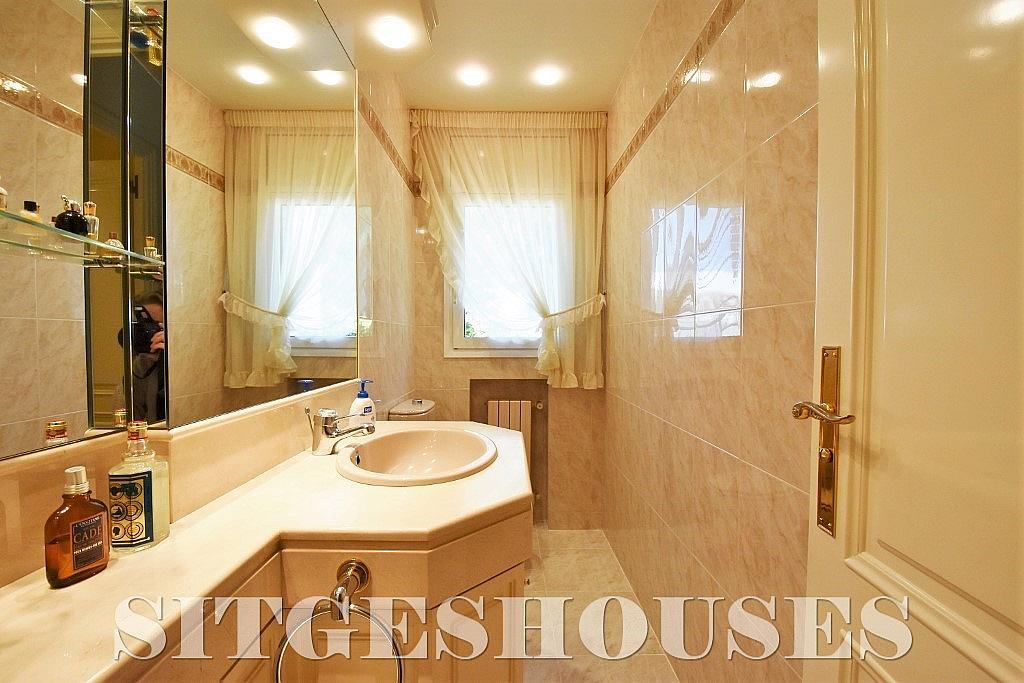 Baño - Casa en alquiler en calle Josep Planas I Robert, Terramar en Sitges - 263611608