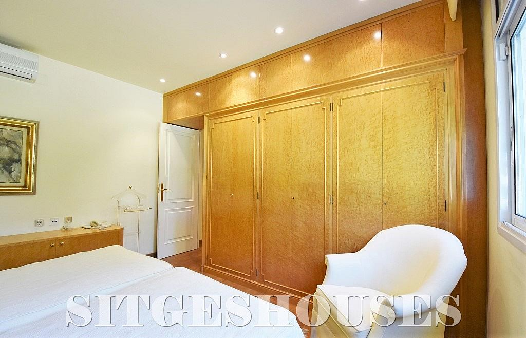 Dormitorio - Casa en alquiler en calle Josep Planas I Robert, Terramar en Sitges - 263611612