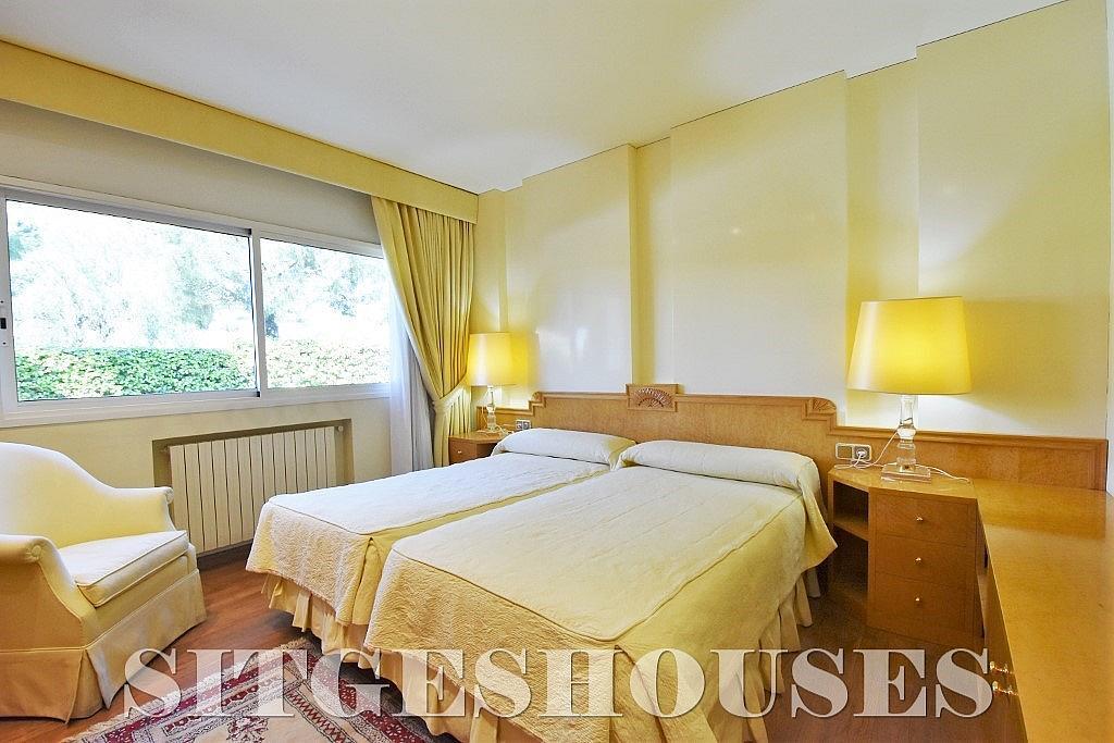 Dormitorio - Casa en alquiler en calle Josep Planas I Robert, Terramar en Sitges - 263611616
