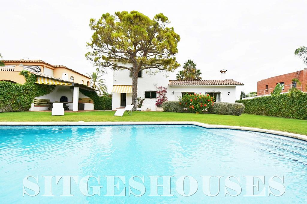 Piscina - Casa en alquiler en calle Avda Navarra, Terramar en Sitges - 322039502