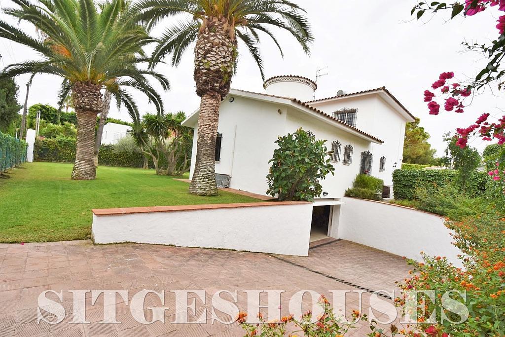 Jardín - Casa en alquiler en calle Avda Navarra, Terramar en Sitges - 322039516