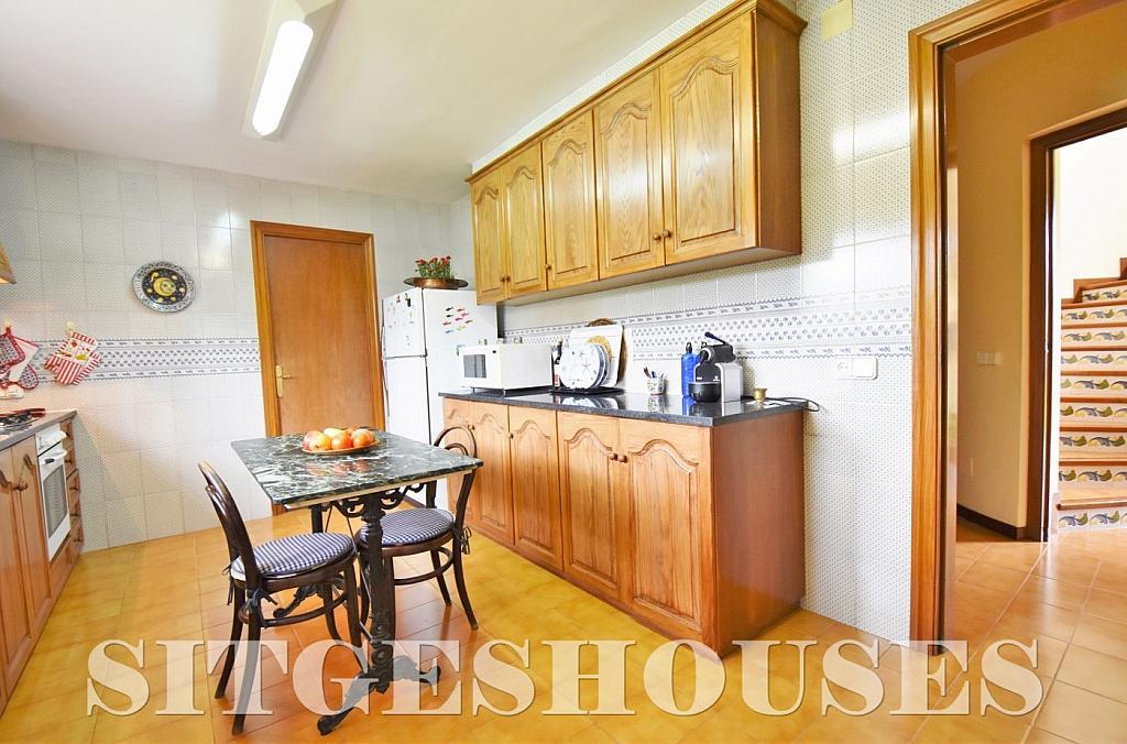 Cocina - Casa en alquiler en calle Avda Navarra, Terramar en Sitges - 322039534