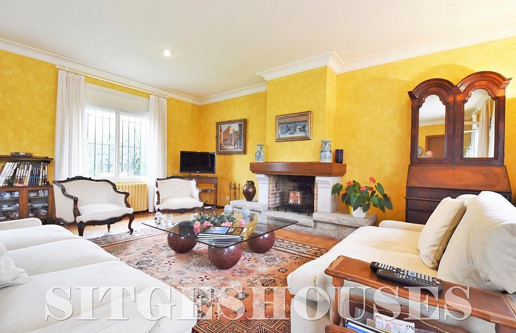 Salón - Casa en alquiler en calle Avda Navarra, Terramar en Sitges - 322039545