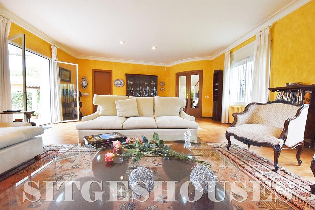 Salón - Casa en alquiler en calle Avda Navarra, Terramar en Sitges - 322039562