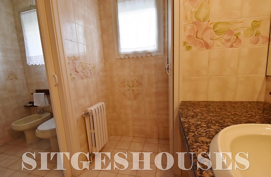 Baño - Casa en alquiler en calle Avda Navarra, Terramar en Sitges - 322039606
