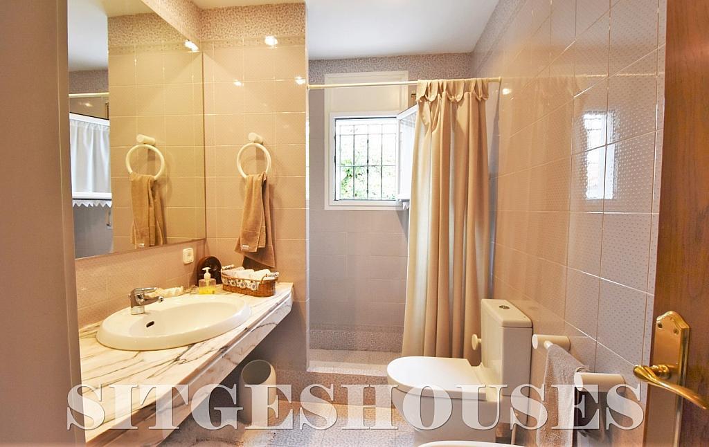 Baño - Casa en alquiler en calle Avda Navarra, Terramar en Sitges - 322039615