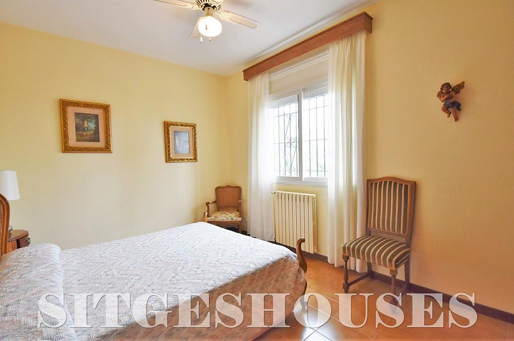 Dormitorio - Casa en alquiler en calle Avda Navarra, Terramar en Sitges - 322039623