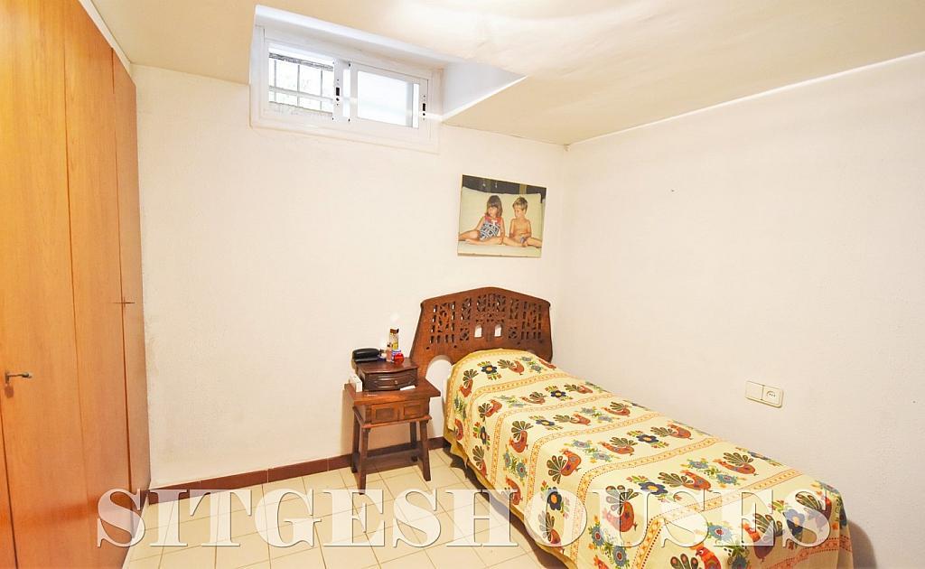 Dormitorio - Casa en alquiler en calle Avda Navarra, Terramar en Sitges - 322039644