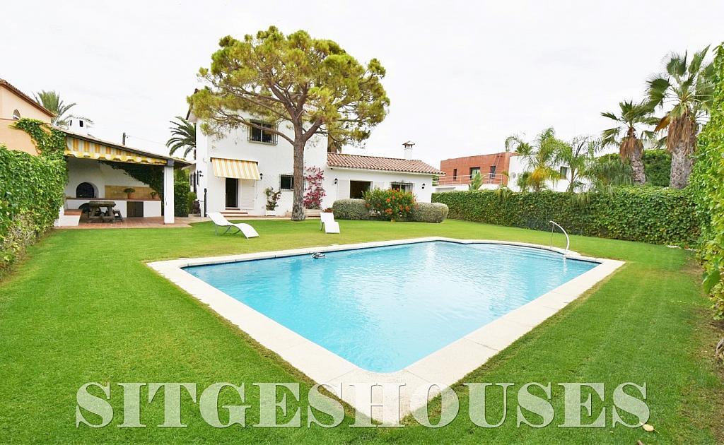 Jardín - Casa en venta en calle Avda Navarra, Terramar en Sitges - 322040457