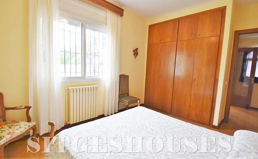 Dormitorio - Casa en venta en calle Avda Navarra, Terramar en Sitges - 322040606
