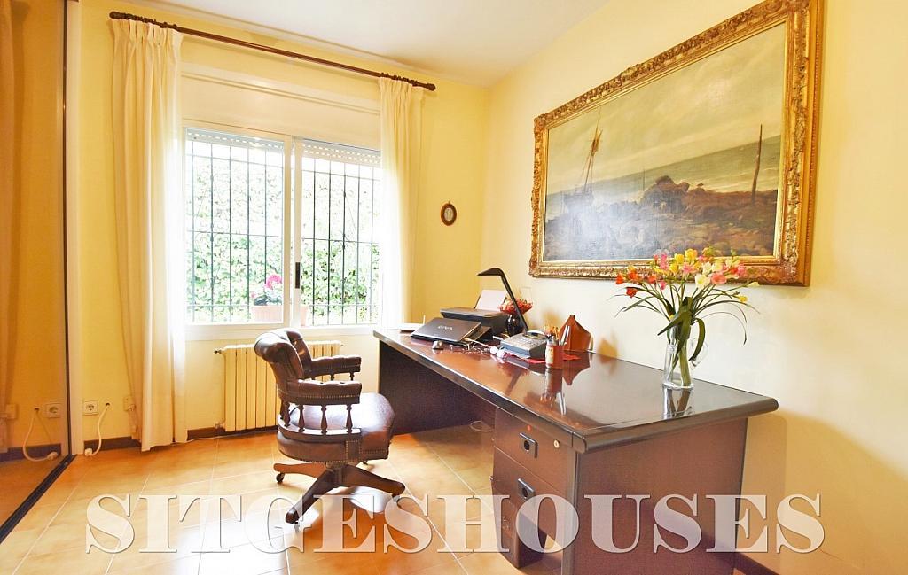 Dormitorio - Casa en venta en calle Avda Navarra, Terramar en Sitges - 322040608