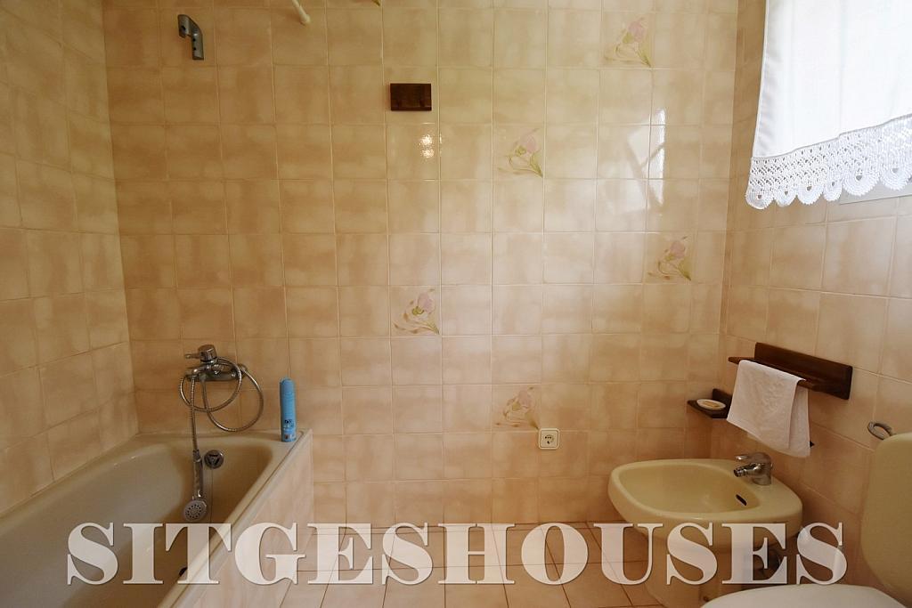 Baño - Casa en venta en calle Avda Navarra, Terramar en Sitges - 322040711