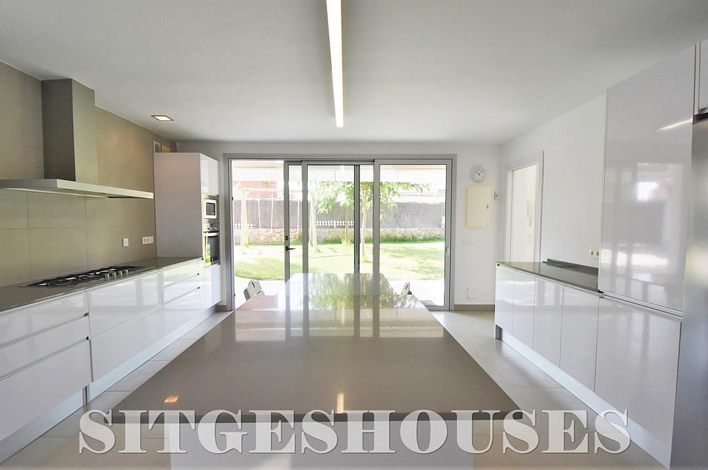 Cocina - Casa en alquiler en calle Manuel de Falla, Vallpineda en Sitges - 294490708