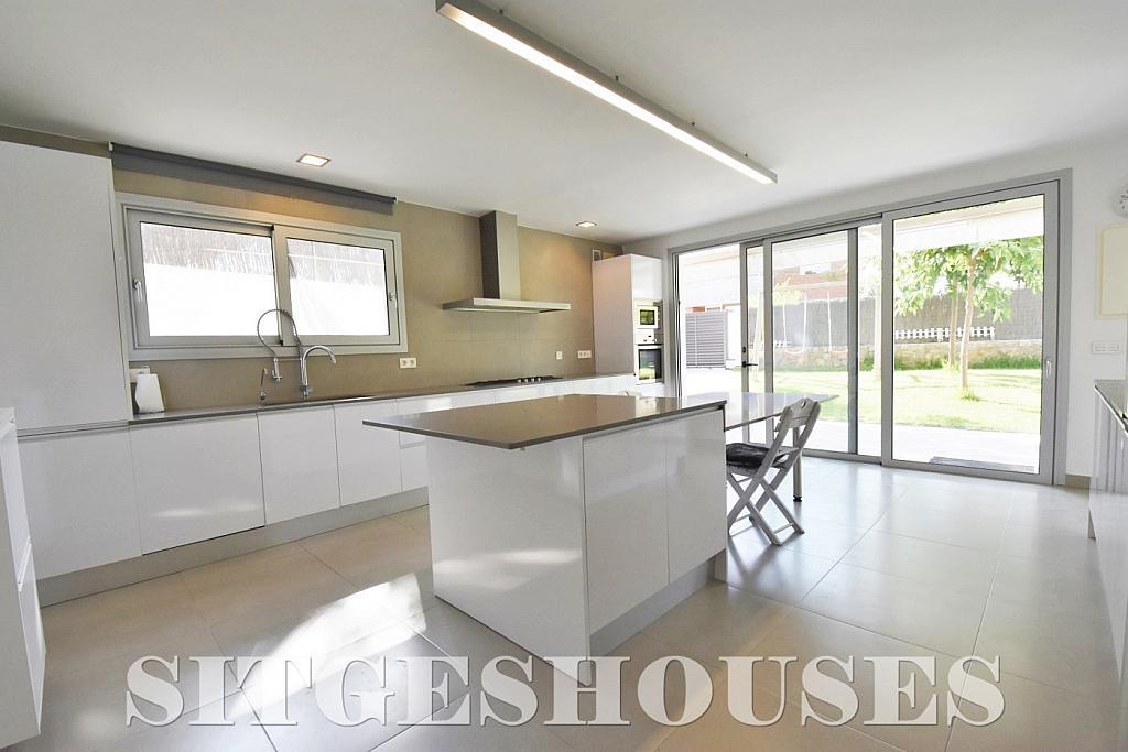 Cocina - Casa en alquiler en calle Manuel de Falla, Vallpineda en Sitges - 294490709