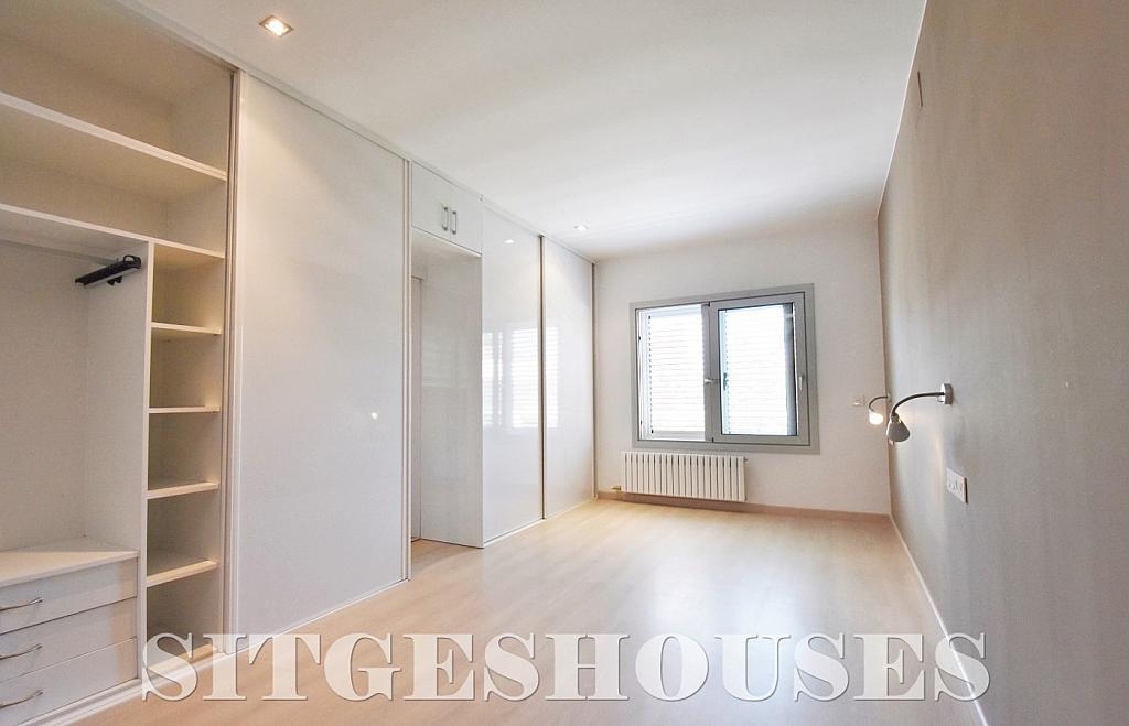 Dormitorio - Casa en alquiler en calle Manuel de Falla, Vallpineda en Sitges - 294490747