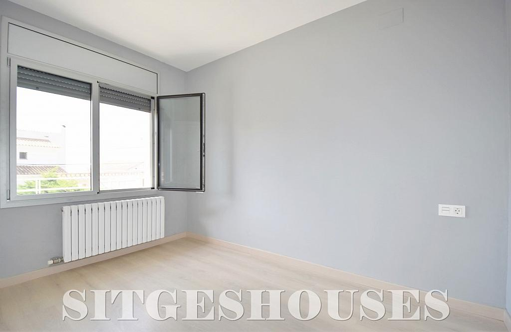 Dormitorio - Casa en alquiler en calle Manuel de Falla, Vallpineda en Sitges - 294490756
